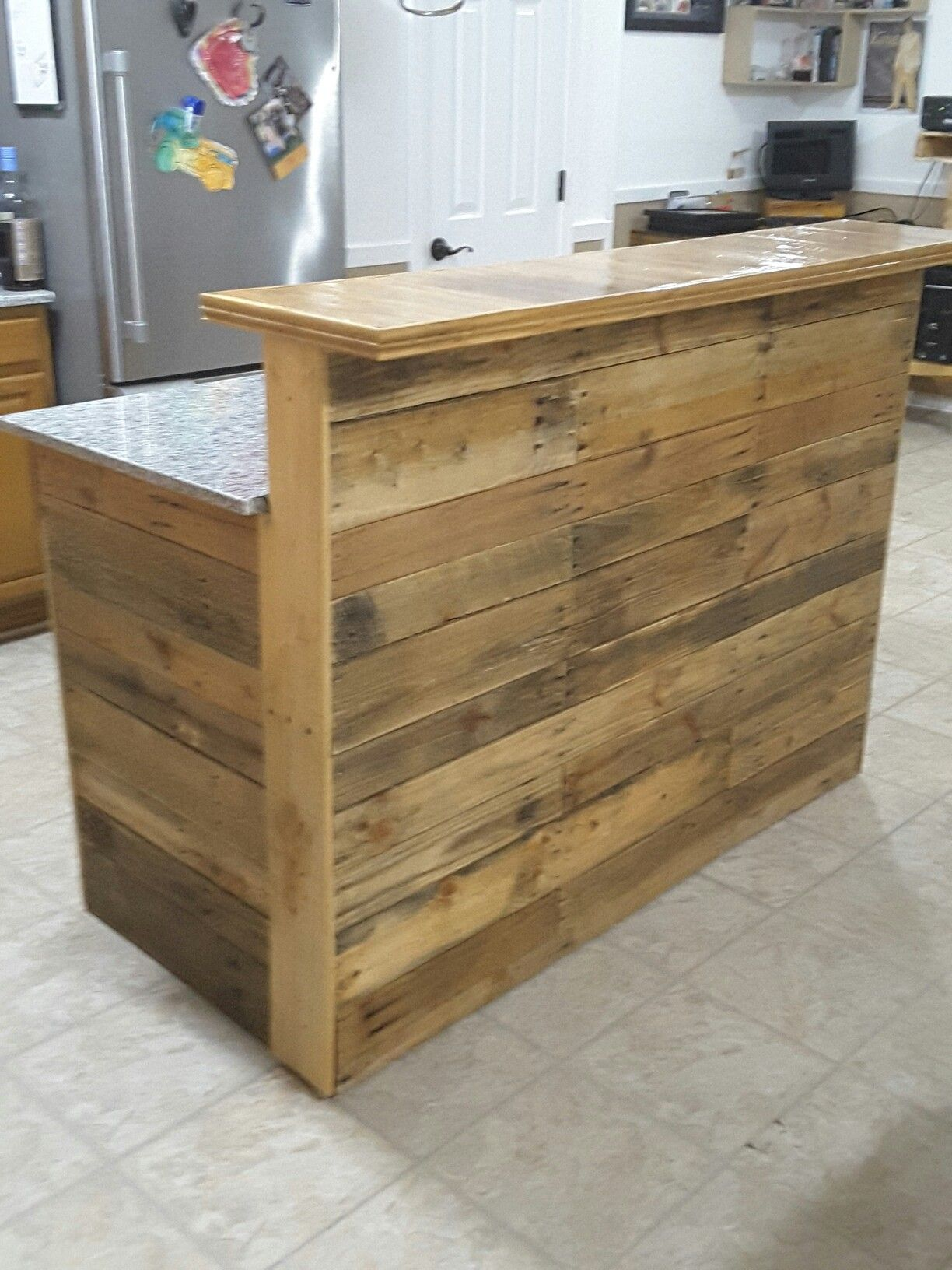 My Island Bar Made From Pallets Building A Kitchen Pallet Kitchen Island Diy Kitchen Island