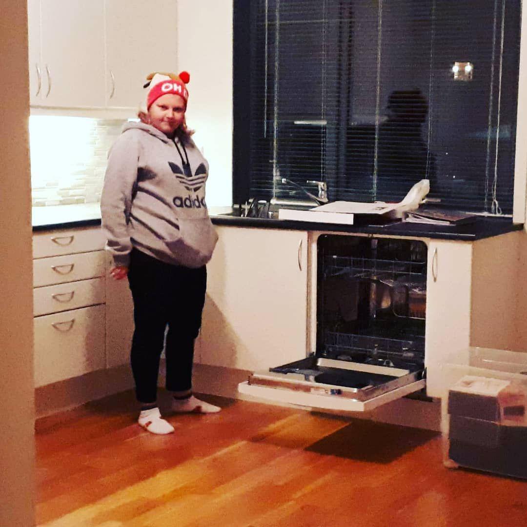 Ett år (og 19 dager) siden denne deiligheten flyttet inni denne leiligheten 🥳 #sexybeast#søt#sweet#g...