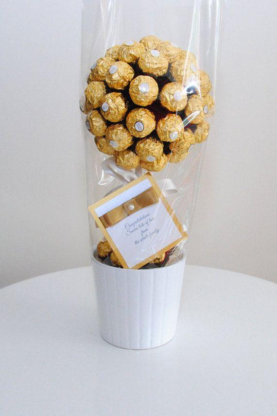 Ferrero Rocher Baum Muttertag Susser Baum Schokolade Etsy In 2020 Sweet Trees Ferrero Rocher Tree Chocolate Bouquet