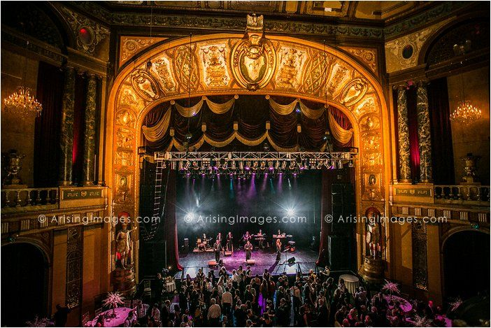 Wedding At The Fillmore Detroit Perfect Place For A Night Filled With Dancing