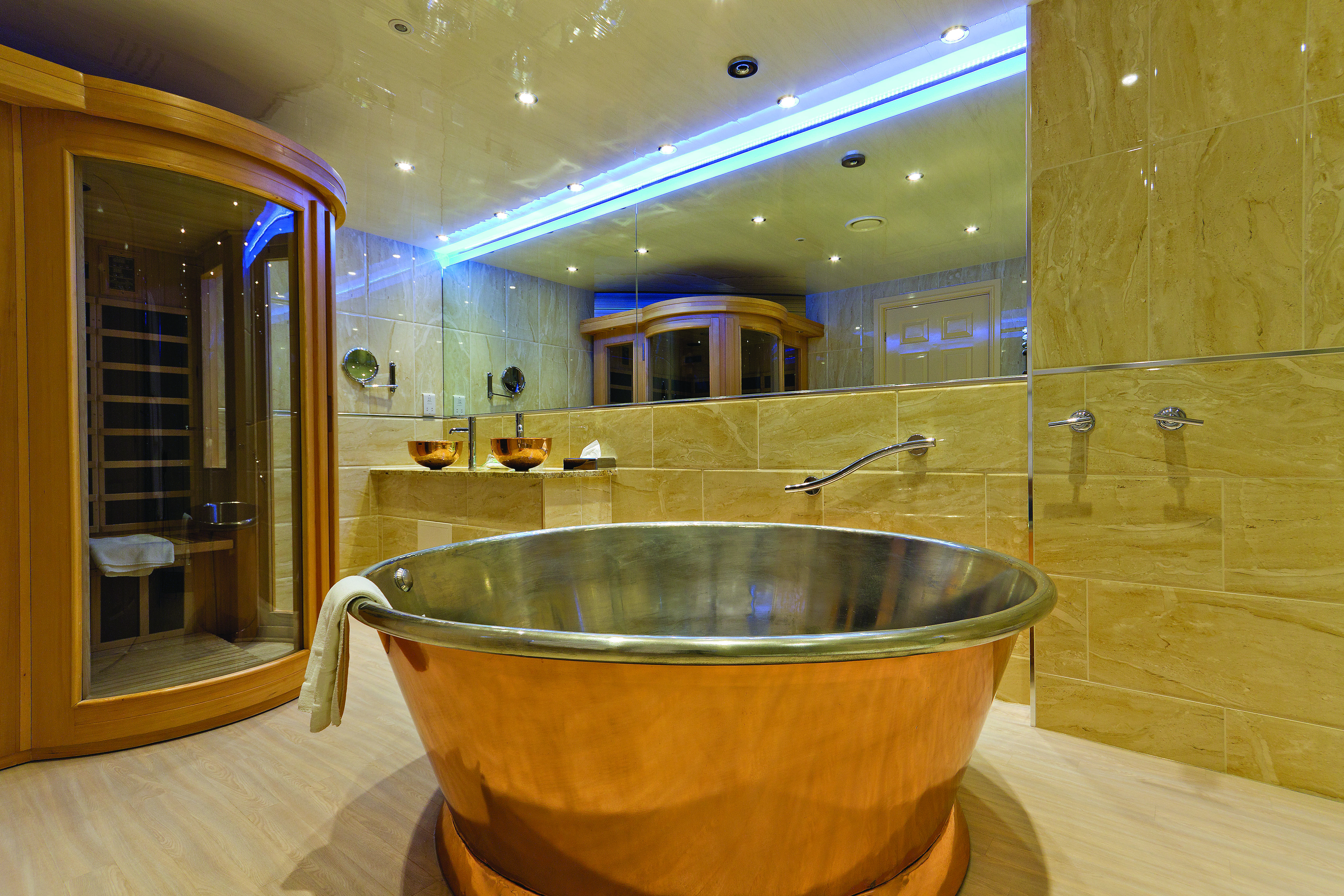 Spa bathroom suites - Passadhi Spa Suite 5ft Round Copper Bath And Sauna