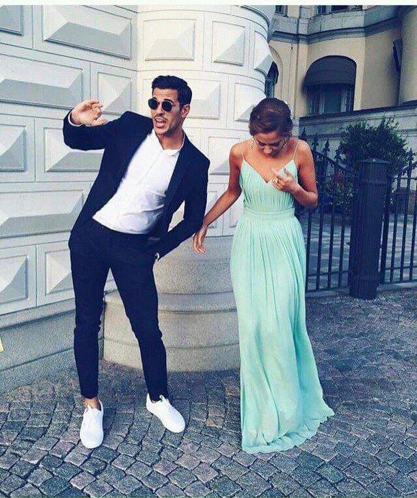 pin von auf prom couples simple prom dress fashion. Black Bedroom Furniture Sets. Home Design Ideas