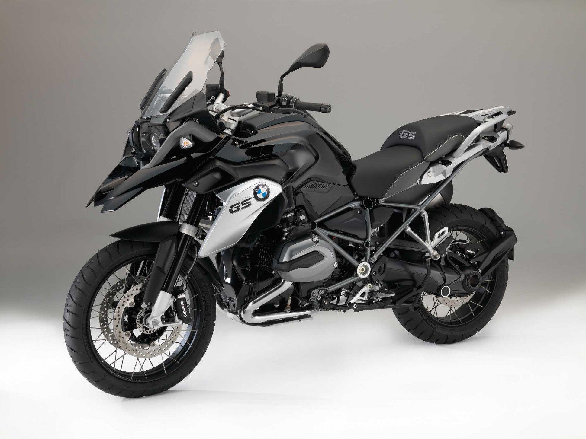 2020 Bmw Triple Black In 2020 Bmw Motorrad Bmw Motorbikes Bmw