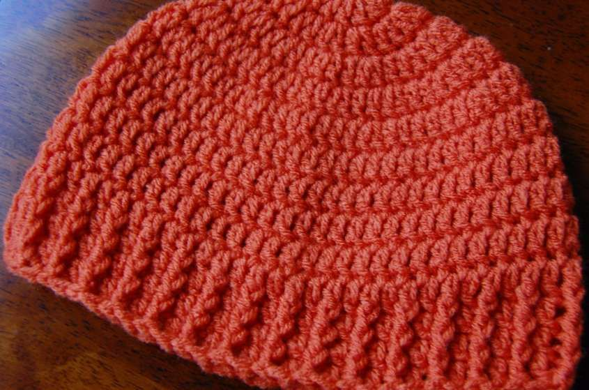 Cappello a uncinetto: schemi e modelli - Cuffia arancione