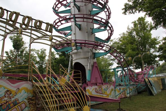 The Fun Stops Here Abandoned Playgrounds Amusement Parks Abandoned Amusement Parks Conneaut Lake Park Conneaut Lake