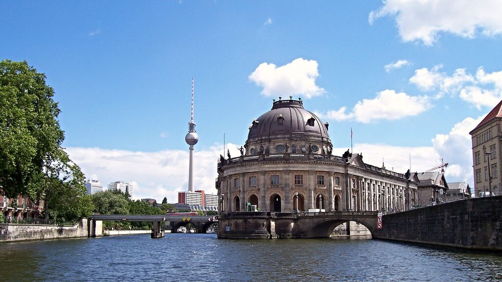 Yahoo 999 Unable To Process Request At This Time Error 999 Museum Island Museum Berlin