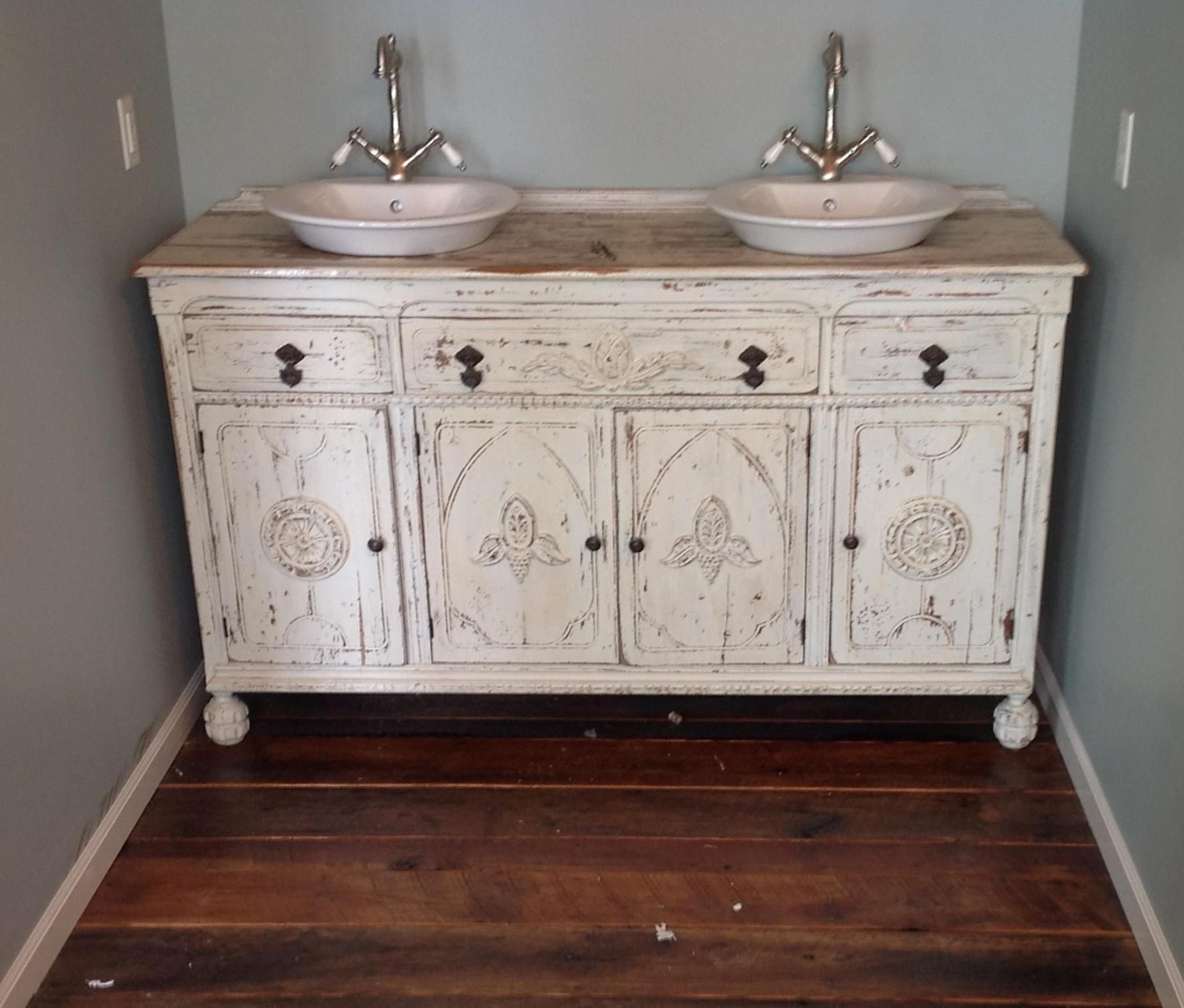 37 Charming Shabby Chic Bathroom Vanity Ideas Shabby Chic Bathroom Vanity Shabby Chic Bathroom Shabby Chic Room