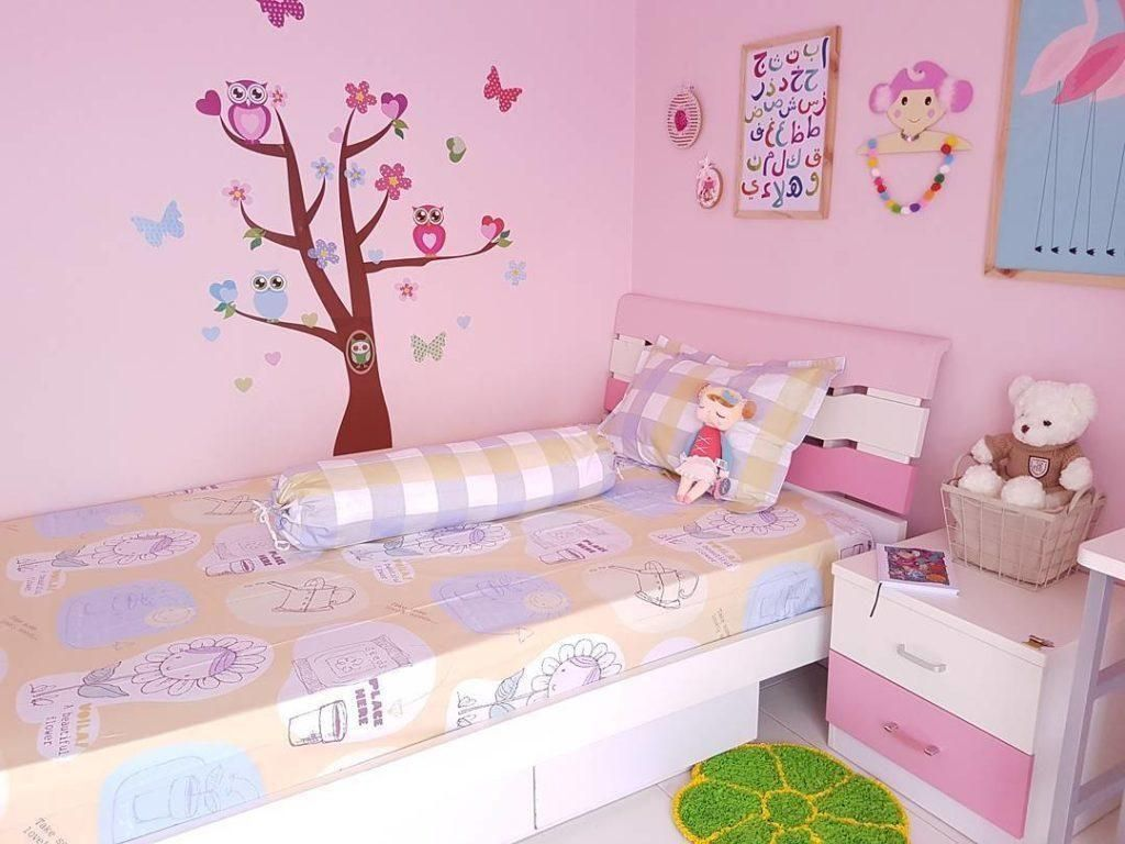 Stiker Dinding Kamar Tidur Anak Perempuan