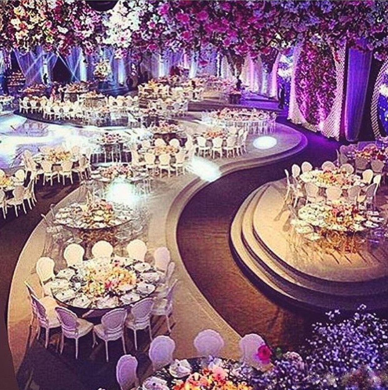 Love The Purple Wedding Ideas In 2019 Wedding Decorations