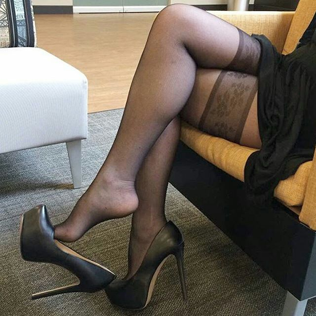 Lesbian High Heels Stockings
