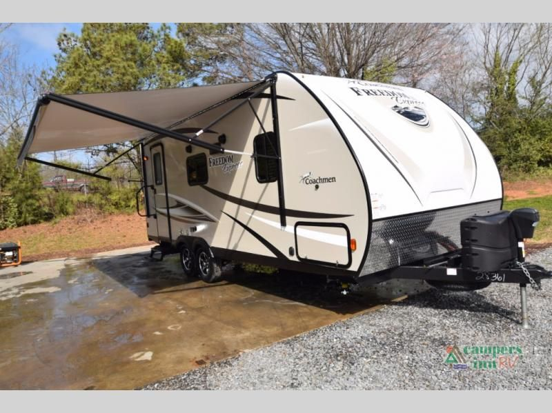 New 2018 Coachmen Rv Freedom Express 204rd Travel Trailer At