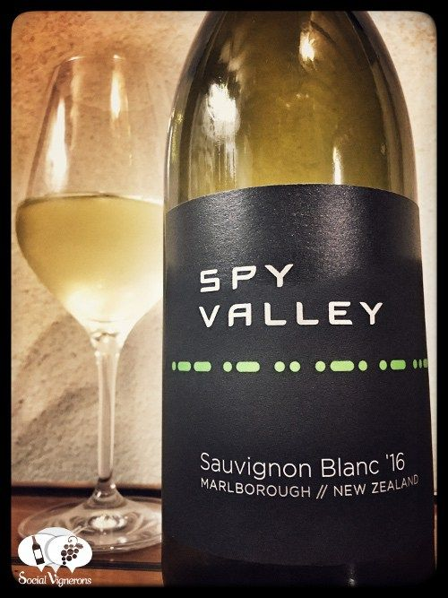 spay-valley-wines-sauvignon-blanc-marlborough-new-zealand-review-tasting-notes-front-label-social-vignerons