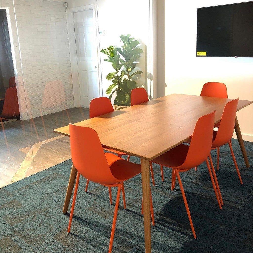 Svelti Begonia Orange Dining Chair Dining Chairs Modern Mid Century And Scandinavian Furniture In 2020 Oak Dining Table Dining Chairs Green Dining Chairs