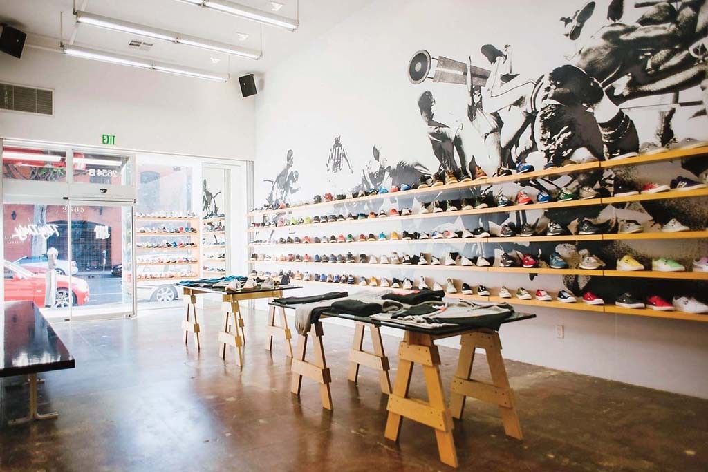 Sneaker Shop | Store design, Retail design, Clothing store
