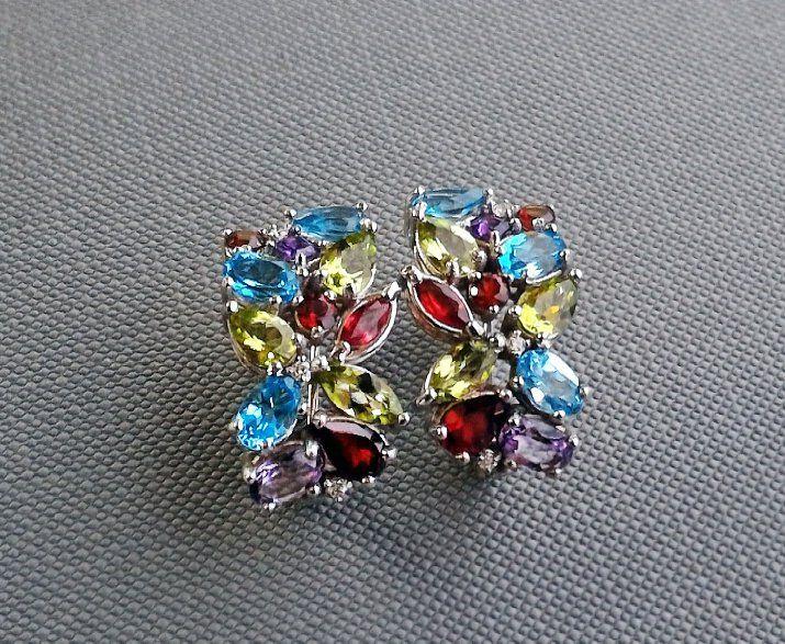0041da576610 Красивые яркие серьги с цветными камнями и бриллиантами в белом золоте 585  пробы !