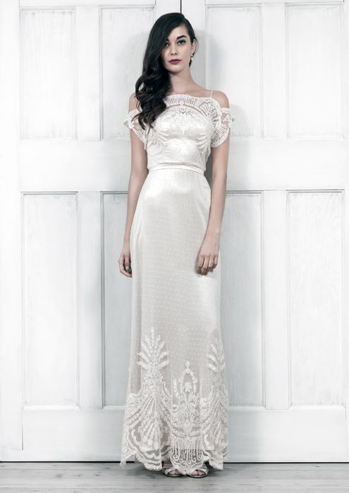 Luxury bridal house reveals Spring/Summer 2014 wedding dresses ...