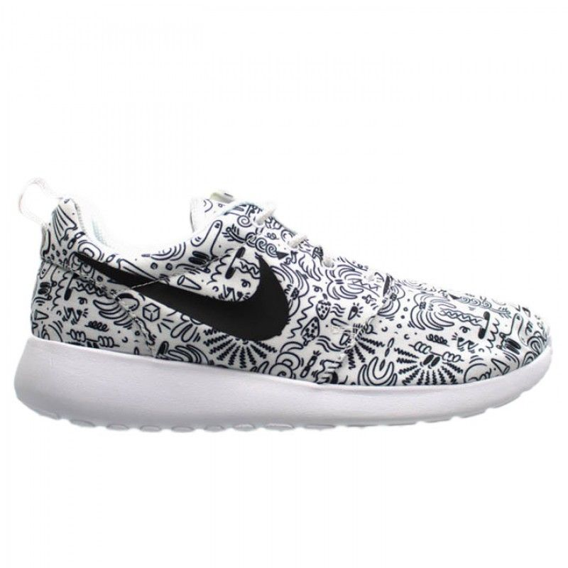 City Gear Urban Footwear And Apparel Nike Women S Roshe One Print Prem Nike Women Comfy Shoes Shoes