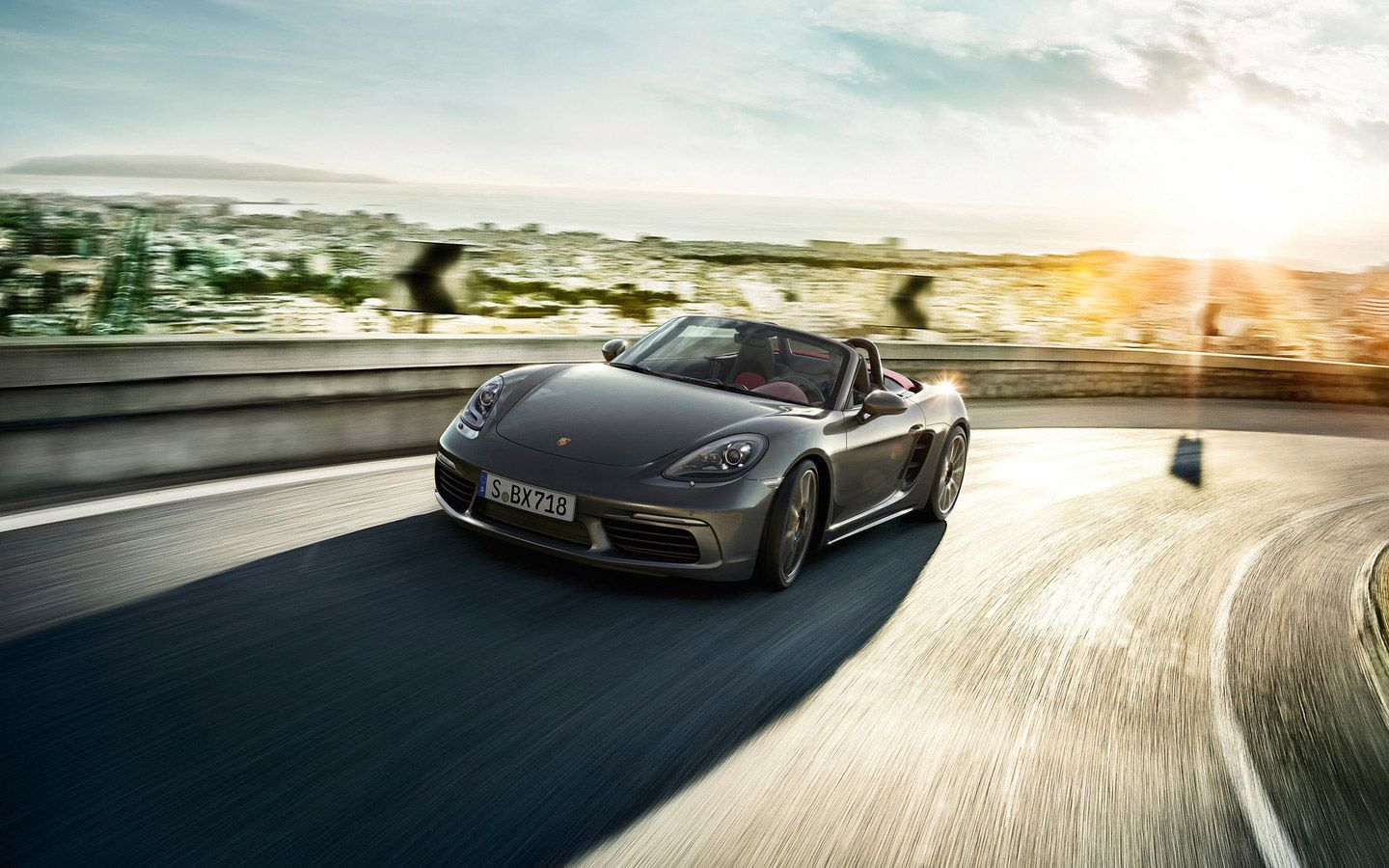 Porsche restructures 718 Boxster 20 years after its debut: http://www.playmagazine.info/718-boxster-porsche-restructures-mid-engine-roadster-after-20-year-debut/
