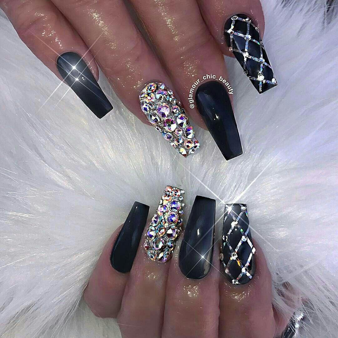 Beautiful Womens Nails Nailart Jewels Black Silver Glitter Flawless Style Rhinestone Nails Bling Nails Luxury Nails