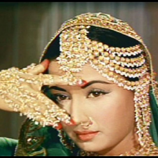 Meena Ari Bollywood Makeup