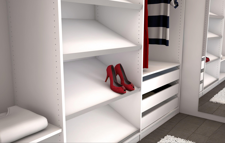 Regal für begehbaren Kleiderschrank. Mehr Detail unter: https://www ...