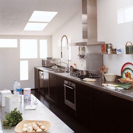 Cuisines le long d 39 un comptoir bagnolet cuisine noire cuisine en longueur et cuisine noir - Cuisine en longueur ...
