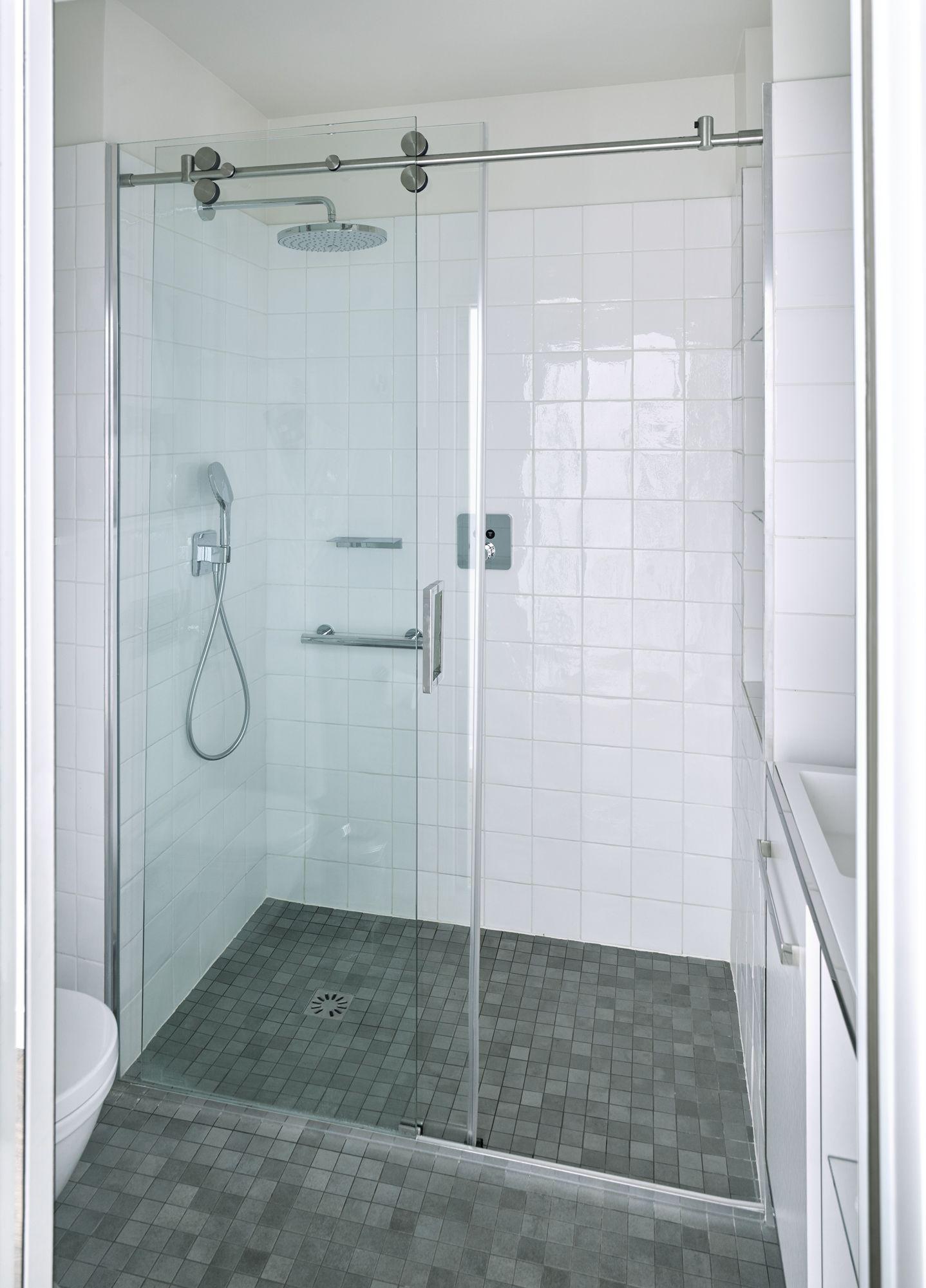 Contrast duș cu varice - cum se face?