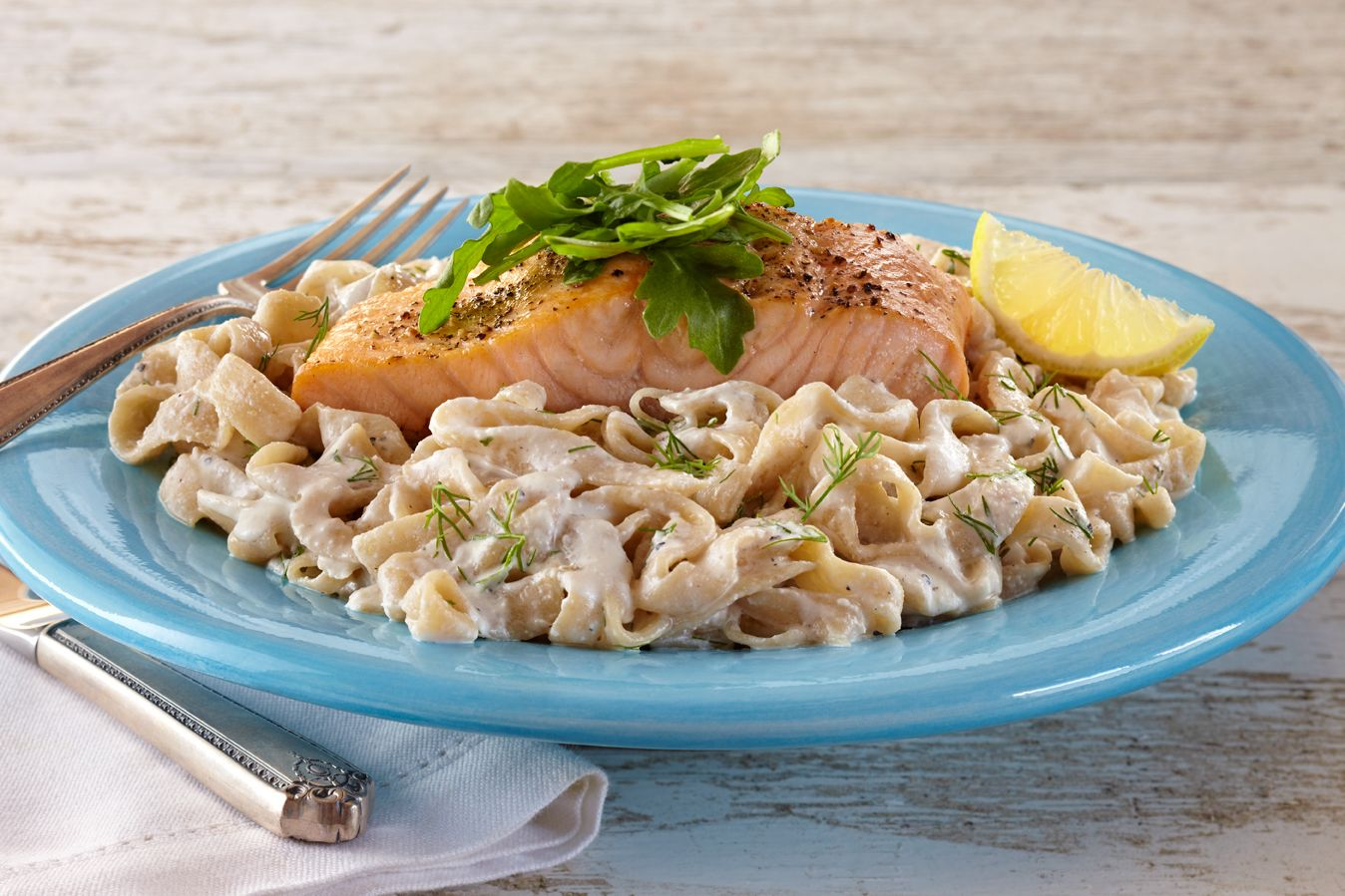 Creamy Salmon Fettuccine with Smart Noodle Shirataki