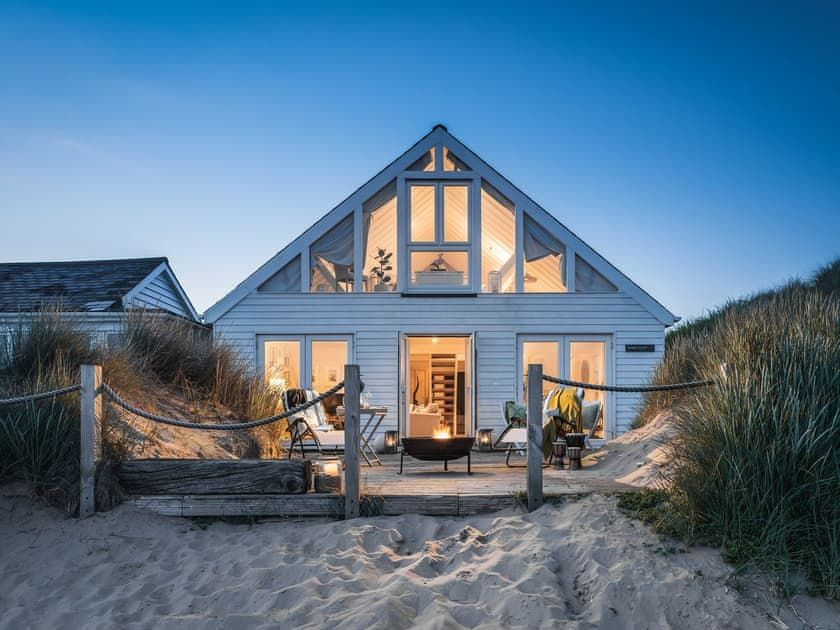 Barefoot Beach House ref M in Camber Sands Sus