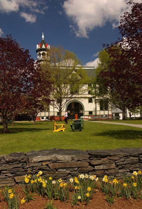 Vermont Law School Spring | Liz's likes | Vermont, Law