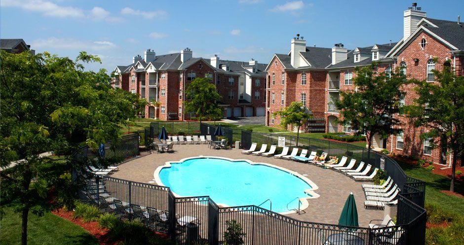 Outdoor Oasis At Biltmore Apartments Omaha Ne Outdoor Oasis Outdoor Luxury Apartments