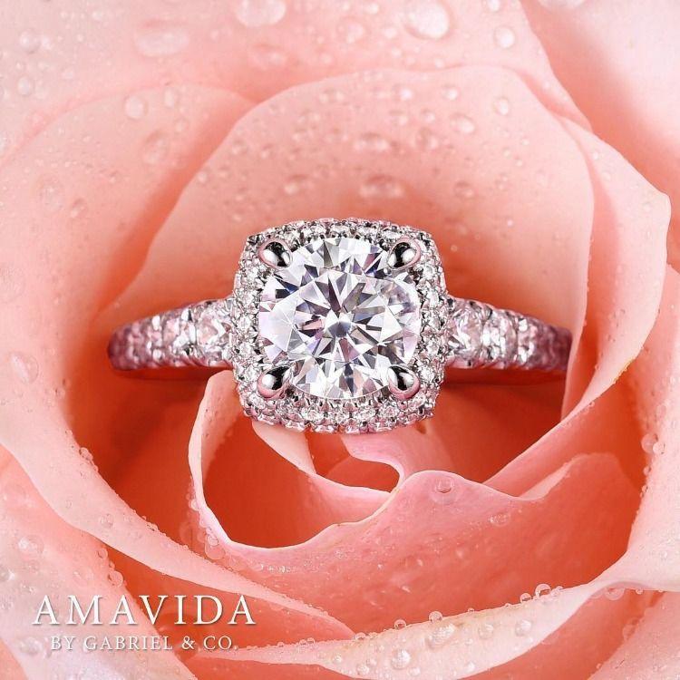 18k White Rose Gold Gelato Diamond Halo Engagement Ring