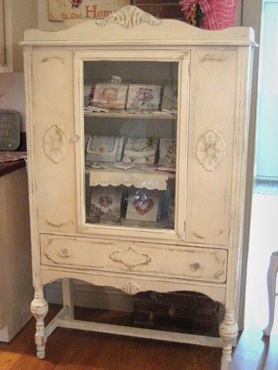 Beautiful Shabby Chic China Cabinet Vintage China Cabinets Shabby Chic Shabby Chic Furniture