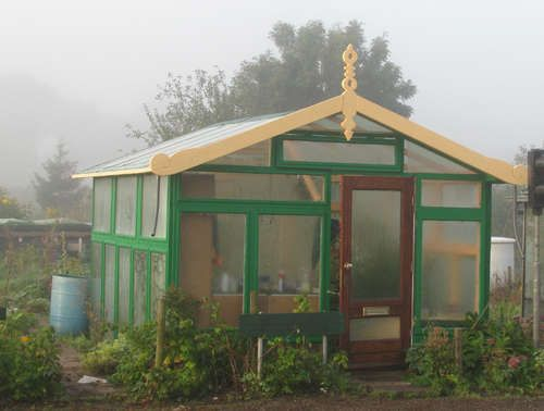 High End Greenhouse, 100 % Recycled Materials | my yurt