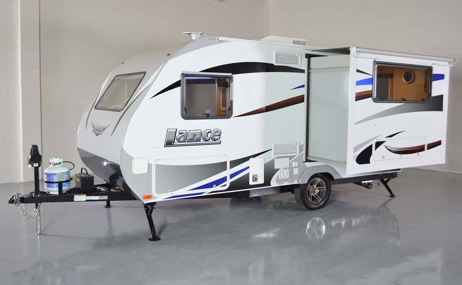 Lance 1575 Travel Trailer Super Slide 2650 Dry Weight Small
