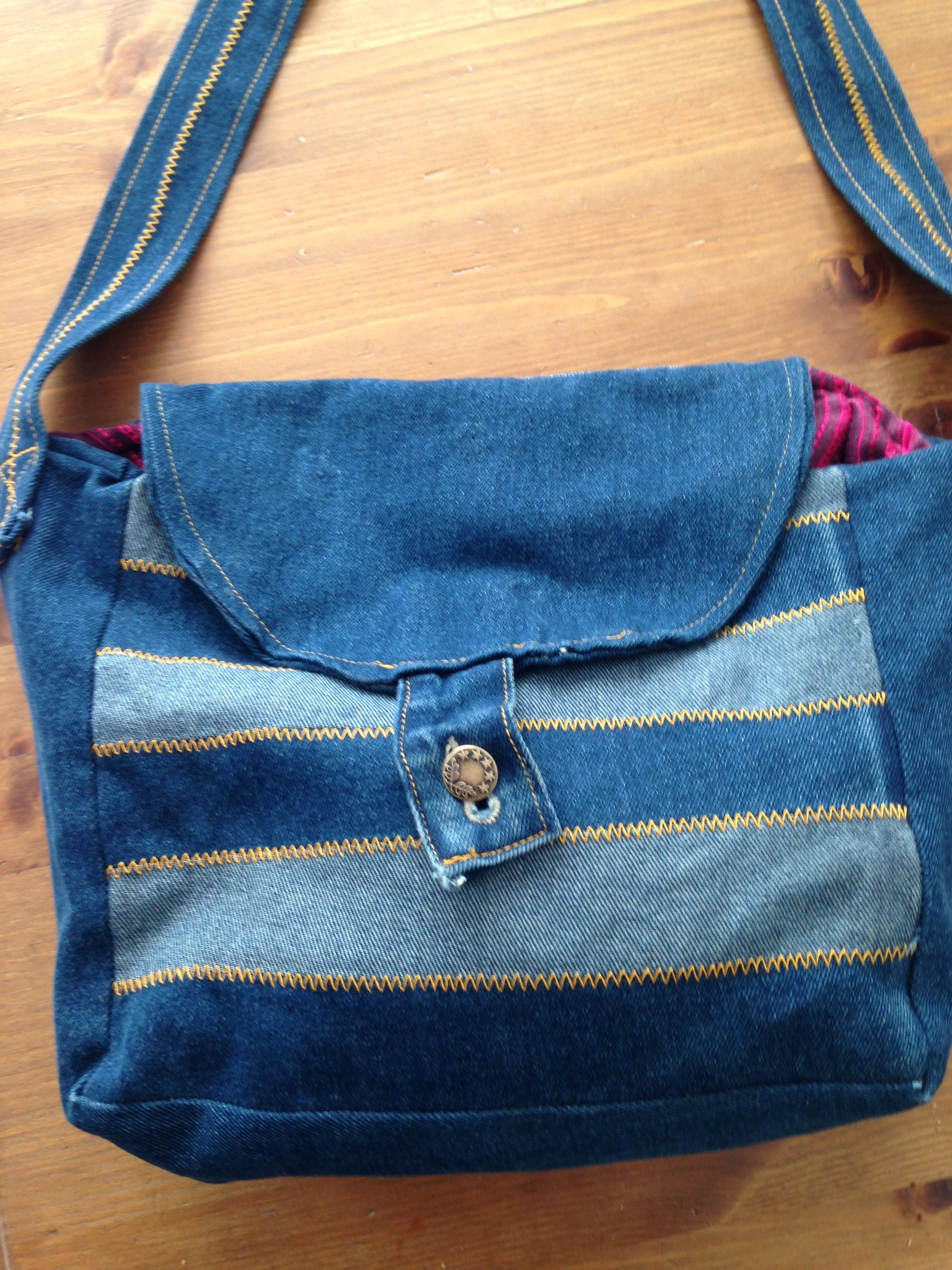 Denim fully lined large hand bag with a concealed zip pocket for valuable items