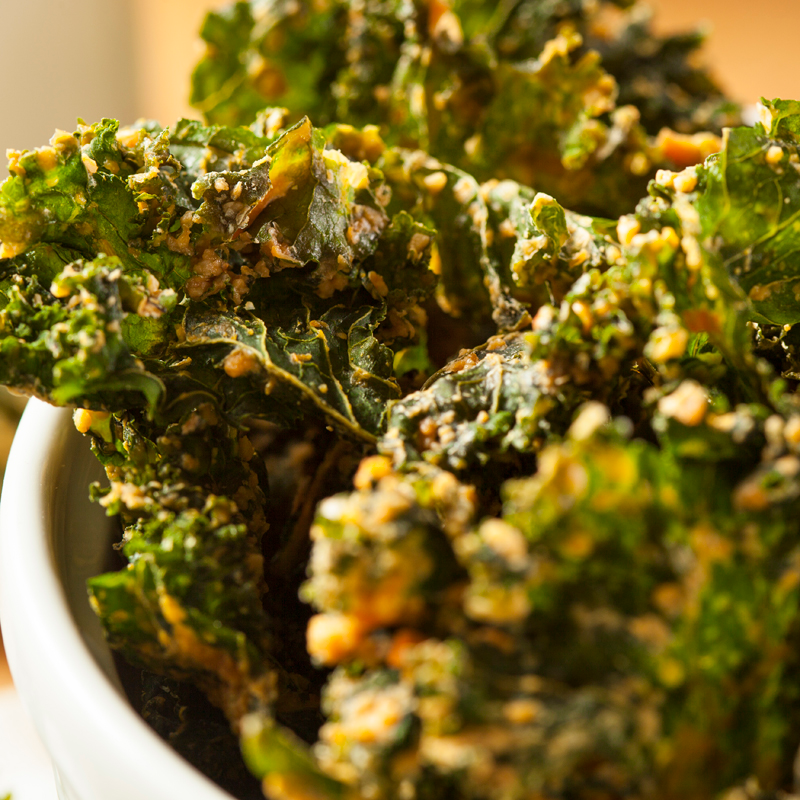 Healthy Nacho Cheese Kale Chips Recipe In 2020 Kale Chips Kale Chip Recipes Raw Food Recipes