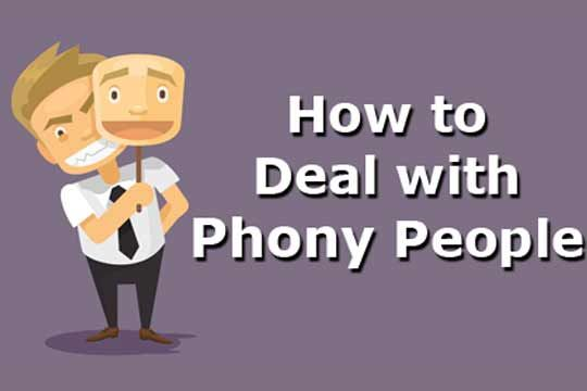 How to Deal with Phony People | WomenWorking.com