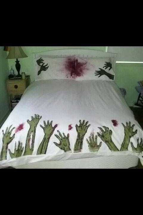 HAHA... Great Bedroom Decor Idea For Halloween Time
