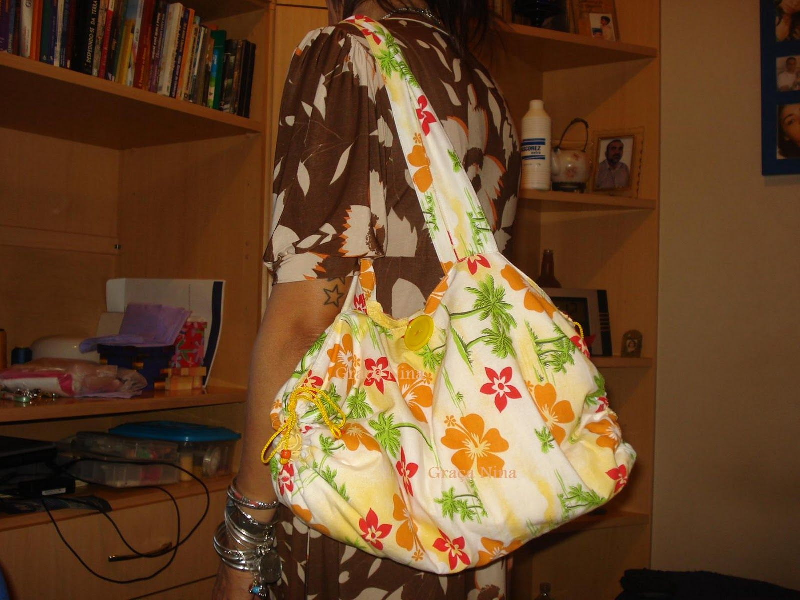 SONHO COLORIDO: Bolsa de toalha