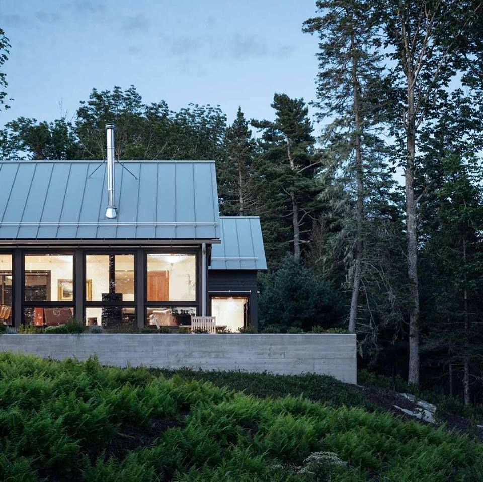 Pin By Logan On Exterior Architecture Roof Trusses Metal Roof