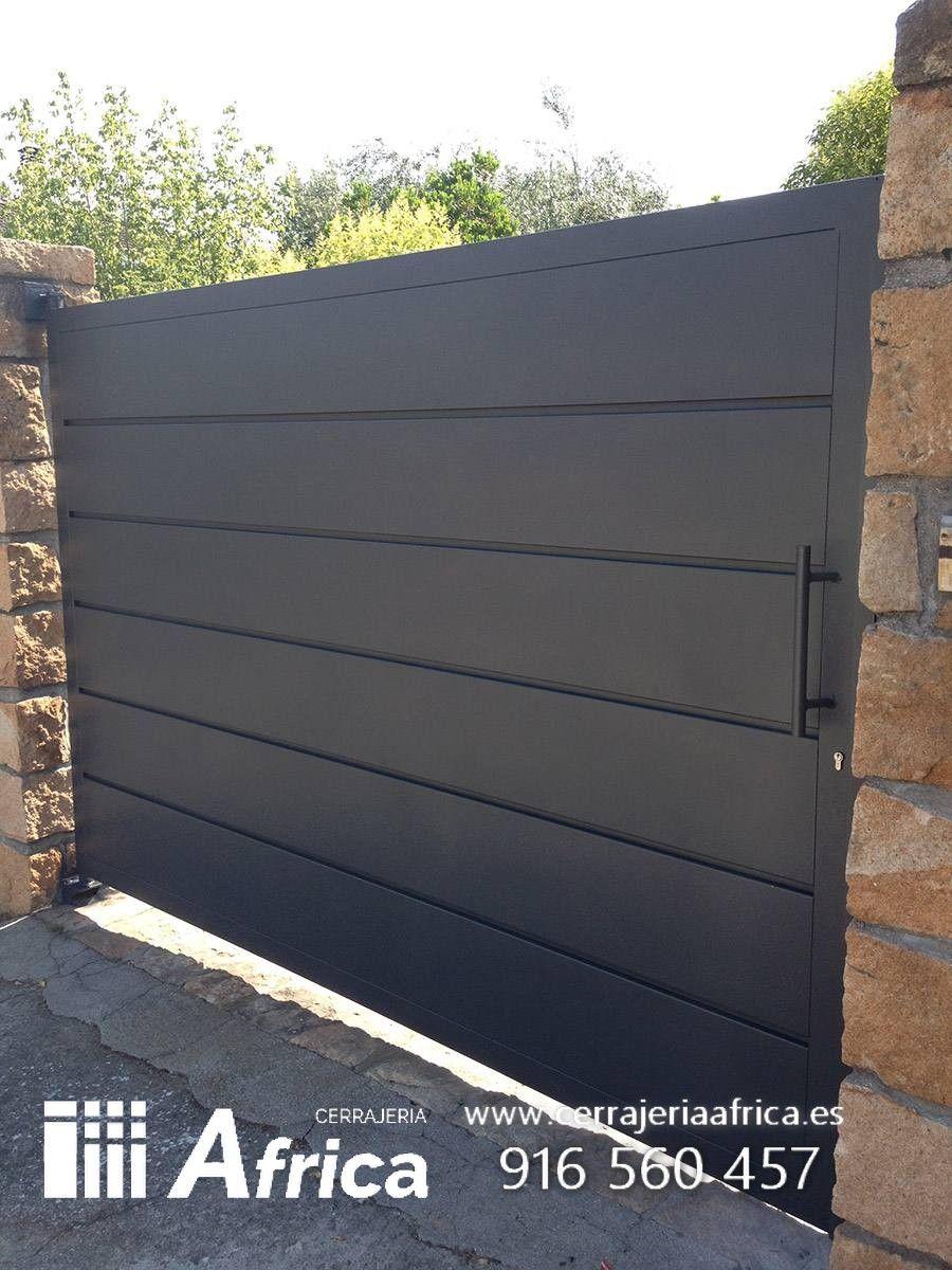 Puertas de chapa bardas pinterest puertas puertas herreria y puertas de hierro - Puertas correderas exteriores precios ...