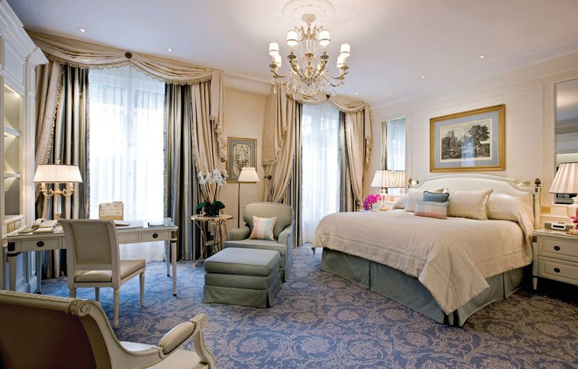 Four Seasons Hotel George V Paris Deluxe Room 1 King Bed Luxury