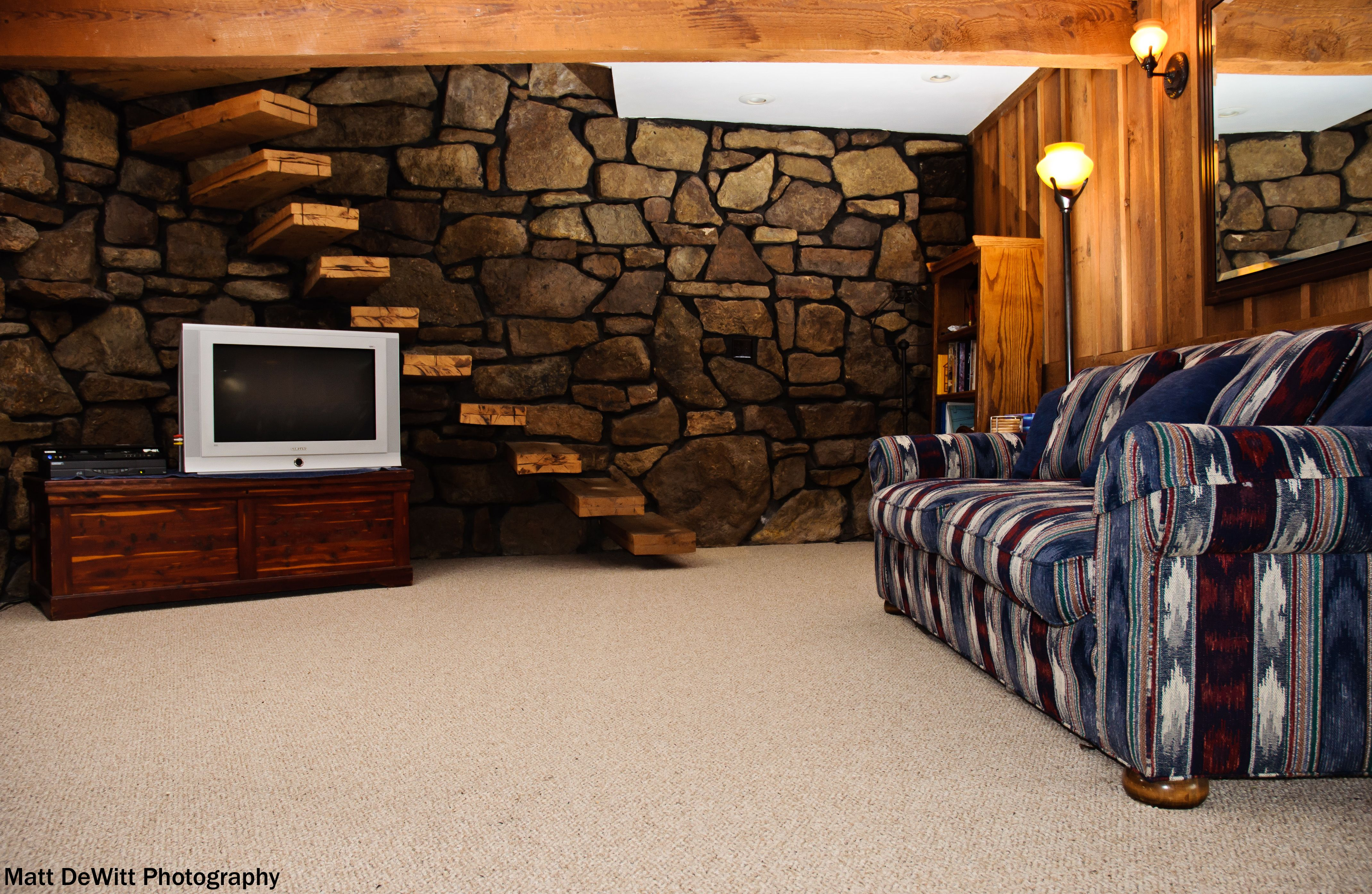 10 must have items for the ultimate man cave country on incredible man cave basement decorating ideas id=12945