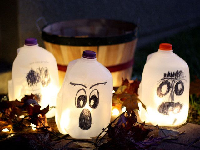 Halloween Milk Jug Lanterns #bestdressedkids #halloween - halloween milk jug decorations