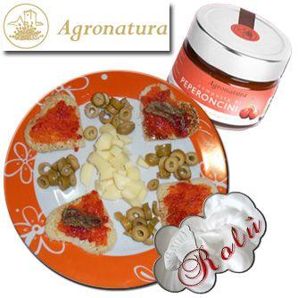 Aperitivo piccantino agronatura    http://www.incucinaconrolu.it/lista-news/17-antipasti-e-stuzzichini/110-bluchips