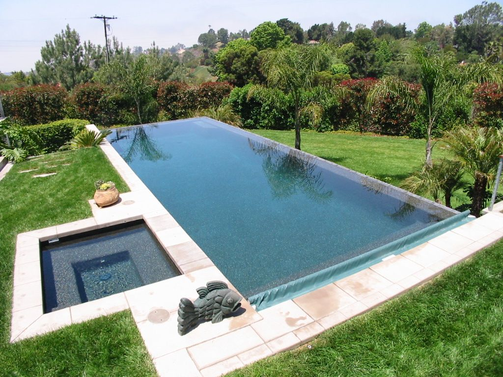 landscaping for raised wall of pool | vanishing edge model a ...
