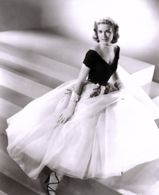 edc1e83aeaa Grace Kelly in Dior