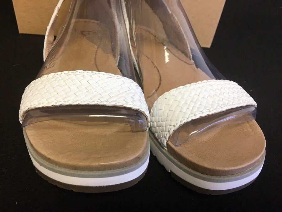 Ugg Women's 1015817 Australia Ankle White Sandal Laddie Strap jA4RL35