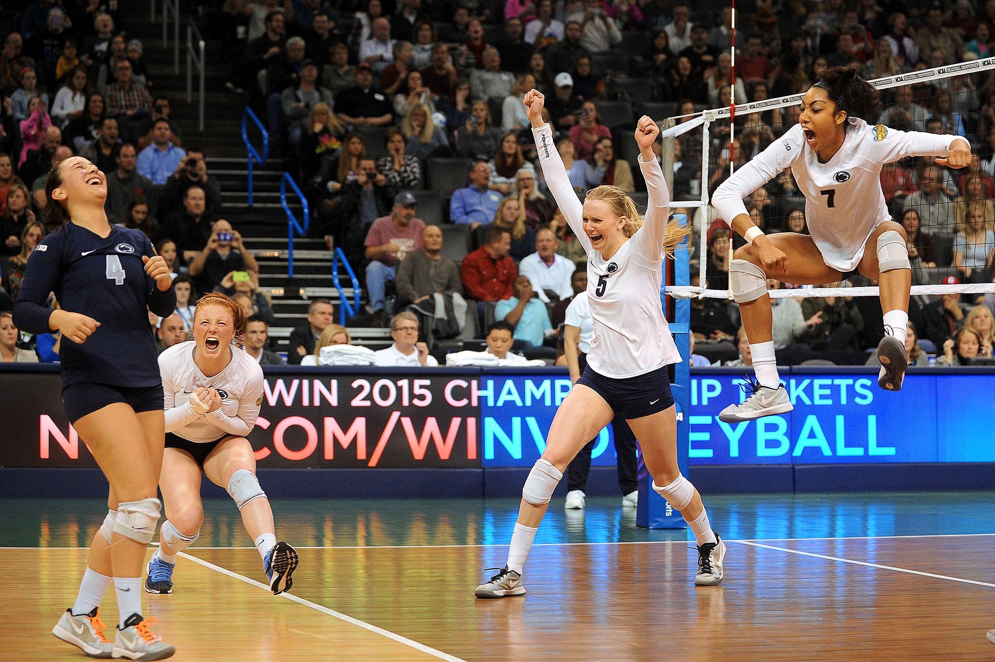 2014 Ncaa Women S Volleyball Championship Women Volleyball Volleyball Sport Volleyball